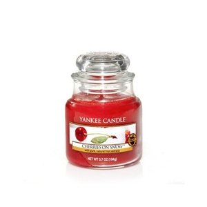 Yankee Candle ŚWIECA W SŁOIKU MAŁA Cherries On Snow